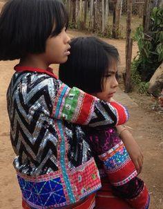 Lahu sisters