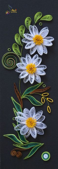 White Daisies, Leaves & Swirls