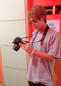 Read ✨Taehyung from the story BTS Boyfriend Material by IllegirlBae with 86 reads. Bts Taehyung, Jimin, Bts Bangtan Boy, Hipster Vintage, Style Hipster, Seokjin, Hoseok, Namjoon, Billboard Music Awards