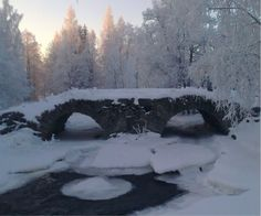 Old bridge (Kompero, Finland)