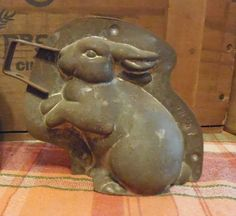 VERY RARE Antique Vintage metal bunny rabbit chocolate mold