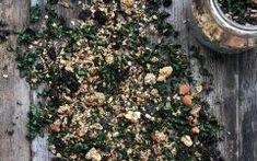 Empanadas con masa de avena y espinaca - Green Vivant Granola, Kale, Empanadas, How To Dry Basil, Green, Plants, Food, Potatoes, Breakfast