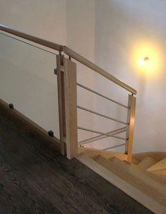 Escalier Tradilux avec garde-corps bois inox et verre. Escalier Design, Balustrades, Glass Railing, Bed, Furniture, Home Decor, Stairs, Rail Guard, House
