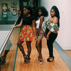 Queenin' in @nandi.official  ---------------------------------------------------------------------- #africanprint #africanfashion #ankaraprint #ankarafashion #africanwear #darkskinnedgirl  #africanskirt #boldprints #prints #bebold #empowerwomen #africanwoman #blackgirl #blackgirlmagic #blackgirlfly #blackgirlkillingit #empowerment #africanqueen #blackqueen #tellyourstory #businessbranding #nandi #detail #aesthetics #contemporary #contemporaryfashion #lfl