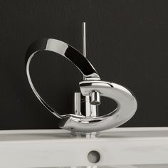 Unique-Stainles-Steel-Bathroom-Faucet 40 Breathtaking and Unique Bathroom Faucets Contemporary Bathroom Faucets, Modern Bathtub, Modern Bathroom Sink, Single Handle Bathroom Faucet, Bathroom Sink Faucets, Bathroom Fixtures, Vanity Faucets, Kitchen Faucets, Design Bathroom