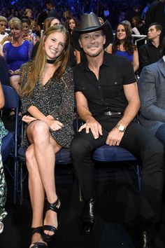 Tim McGraw Brings Daughter Maggie to the CMT Awards — See the Cute Pic!