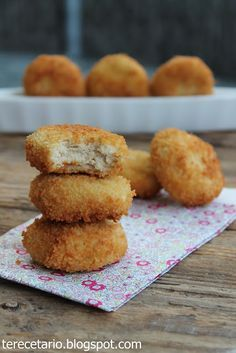 TERECETARIO: NUGGETS DE POLLO EN THERMOMIX Tapas, Great Recipes, Catering, Muffin, Good Food, Food And Drink, Chicken, Cooking, Breakfast