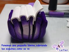 FIMO CRAFT MT: TUTORIAL VIOLET-CANE STRIPES. Read tutorial carefully and notice the cane is cut across the width with the dark purple along the bottom and the sides. One of the pictures shows how different the cut slice looks than the usual way we would cut such a cane.