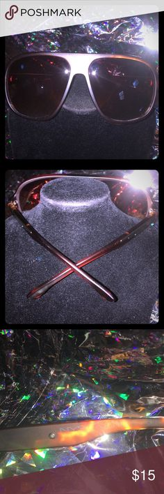 NYS Collection Sunglasses 😎 Excellent Condition Beautiful NYS Collection Sunglasses in Excellent Condition! The lenses are free of scratches clear and crisp visibility! Accessories Sunglasses