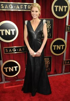 Julie Bowen arrives at the 19th Annual Screen Actors Guild Awards at the Shrine Auditorium in Los Angeles, CA on January 27, 2013. I like most of it.