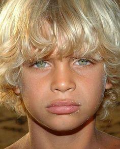 Lovable Hairstyles For moist Black Hair – hairstyles – Kids Hairstyle Pretty Eyes, Cool Eyes, Sad Eyes, Beautiful Children, Beautiful Babies, Black Hair Hairstyles, Hairstyles Haircuts, Tapered Natural Hair, Blonde Boys