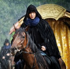 Faith, The Great Doctor ♥ Lee Min Ho as Choi Young ♥ #Kdrama 2012 - escorting the new King and Queen