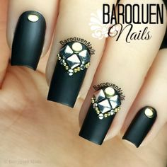 Nailpolis Museum of Nail Art | Placement by BaroquenNails