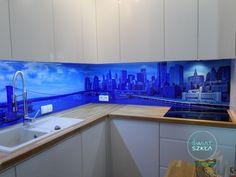 Panorama na szklanym panelu