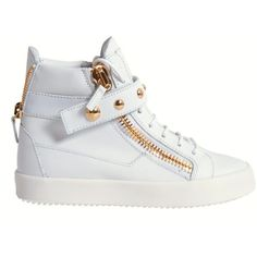 Giuseppe Zanotti Sneakers ($640) ❤ liked on Polyvore featuring shoes, sneakers, bianco, genuine leather shoes, studded shoes, giuseppe zanotti, leather footwear and studded sneakers
