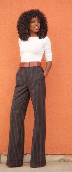 🔸Stitch Fix Stylist🔸// Fall + Winter Inspiration 🛍 Long Sleeve Tee + Pinstriped Highwaist Wideleg Trousers Business Outfits, Business Attire, Office Outfits, Fall Outfits, Cute Outfits, Business Casual, Fashion Mode, Office Fashion, Work Fashion