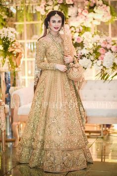 Farah and Fatima Couture gold gown Asian Bridal Dresses, Simple Pakistani Dresses, Pakistani Wedding Outfits, Pakistani Bridal Dresses, Pakistani Wedding Dresses, Bridal Lehenga, Indian Dresses, Pakistani Suits, Bridal Outfits