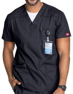 Dickies EDS Men's V-Neck Scurb Top Scrubs Outfit, Scrubs Uniform, Men In Uniform, Cheap Scrubs, Doctor Scrubs, Stylish Scrubs, Medical Scrubs, Nursing Clothes, Men Accessories