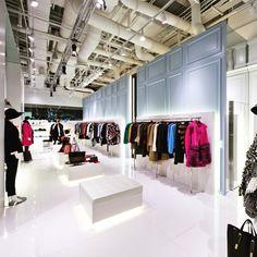 KOON fashion & lifestyle shop  Designed by IDAS KOREA Designer : Lee Dongwon www.idas.com #interior #idas #design #fashion #shop #architecture #korea #koon_idas #koon #trend #unique #seoul