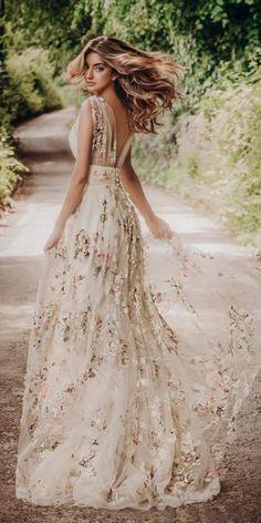 Unique Wedding Dresses Bridal Gowns