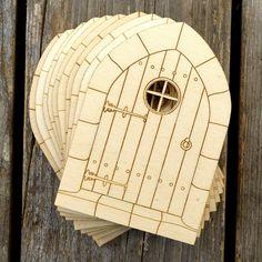 x 10 puerta de madera artesanal de estilo gótico B formas arquitectura de edificios de madera contrachapada de 3mm de UKInfinite en Etsy https://www.etsy.com/es/listing/468855865/x-10-puerta-de-madera-artesanal-de