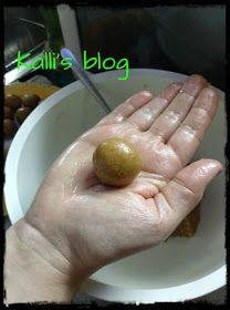 "Kalli's blog: ""Τρουφάκια banoffee"" The Kitchen Food Network, Banoffee, Food Network Recipes, Cucumber, Recipies, Sweets, Fruit, Blog, Sugar"