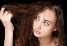 Tips Menata Rambut yang Tak Sempat Keramas