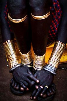 Bodi Adornments, Omo Valley, Ethiopia, Africa by Steven Goethals Cultures Du Monde, World Cultures, We Are The World, People Of The World, African Tribes, African Art, African Safari, African Style, Black Is Beautiful