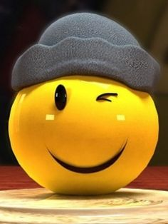 I love smiley faces.a lot of times I put one next to my name. Smiley Emoticon, Happy Smiley Face, Happy Faces, Smile Wallpaper, Emoji Wallpaper, Smiley T Shirt, Happy Day, Are You Happy, Image Portable