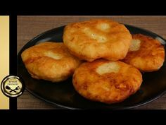 Cheese Pies, Greek Recipes, Bagel, Muffin, Food And Drink, Bread, Cooking, Breakfast, Party