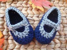 How about them Cowboys?! Dallas Cowboys Crochet Baby Mary Janes.