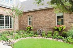 It's Time for a Facelift: 10 Projects That Will Instantly Increase Curb Appeal