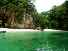 One of the most idyllic islands just off Krabi in #Thailand. #travel #photography