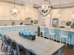 Oak Cabinets You Don T Have To Live With The Grain Oak Cabinets The O 39