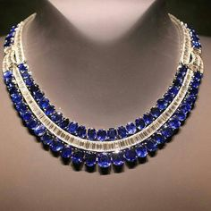 Gorgeous.. #diamond #necklace #precious #stones #sapphire #katerinaperez