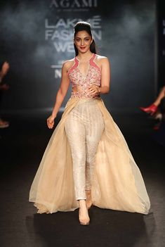 Celebrity Showstoppers Dazzle at Lakme Fashion Week 2018 : Photo Indian Actress Hot Pics, Bollywood Actress Hot Photos, Indian Bollywood Actress, Bollywood Girls, Beautiful Bollywood Actress, Bollywood Celebrities, Indian Actresses, Hot Actresses, Fashion Week 2018