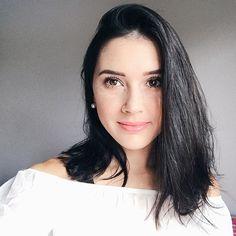 Bom dia meus amores! Enfim postei meu primeiro vídeo de #makeup no canal, usando os presentes que a @maybelline me enviou essa semana! O link está na bio 💕 #make #youtuber