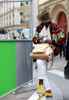 This is a French photographer in a vintage jacquard jacket. He has some serious style. men street, paris fashion, men style, street styles, leeoliveira