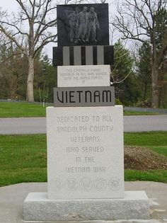 Moberly, MO : Vietnam War Monument at Rothwell Park