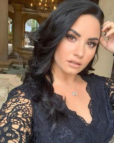 """Demi Lovato rings in her birthday with Ariana Grande -- """"So so happy"""". Demi Lovato was feeling """"so so happy"""" as she rang in her birthday with Ariana Grande. Celebrity Wedding Dresses, Celebrity Weddings, Beyonce, Demi Lovato Pictures, Charms Pandora, Celebrity Bikini, Best Friend Wedding, Celebrity Wallpapers, Hair Pictures"""