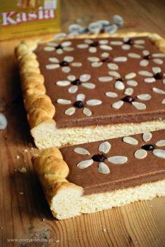 Mazurek czekoladowy Sweet Recipes, Cake Recipes, Polish Easter, Apple Pie Bars, Polish Recipes, Polish Food, Cookie Desserts, Cake Cookies, How To Make Cake