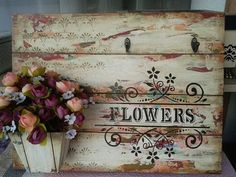 25 Home Decoration Organization and Storage Tips Foto de Oficina de ideias. Mais The Best of shabby chic in Wood Crafts, Diy And Crafts, Foto Transfer, Wooden Words, Decoupage Vintage, Vintage Soul, Embroidery Techniques, Creative Crafts, Vintage Flowers
