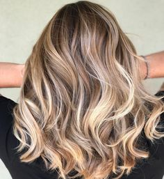 """@camouflageandbalayage on Instagram: """"I'm in heaven ✨These are literally my favorites to get in my chair. 3Rd Session is when the great…"""""""