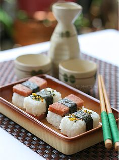 Recipe: Spam Musubi|スパムむすび  my husband and son love this. might be making it!