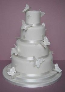 wedding cake with butterflies ideas 4
