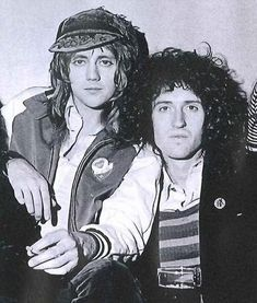 Roger Taylor and Brian May of Queen. Queen Brian May, I Am A Queen, Save The Queen, Queen Freddie Mercury, Queen Band, Death Metal, Brian Rogers, Roger Taylor Queen, Queens