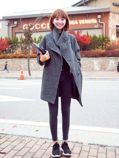 jihyun_imvelyさんのコーディネート Casual Street Style, Everyday Outfits, Her Style, Cool Girl, Winter Fashion, Normcore, Coat, How To Wear, Jackets
