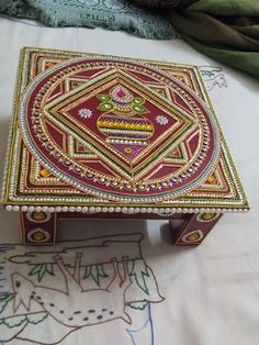 Thali Decoration Ideas, Diwali Decorations, Acrylic Rangoli, Desi Wedding Decor, Diwali Craft, Ethnic Decor, Wedding Doll, Candle Holder Decor, Beaded Boxes