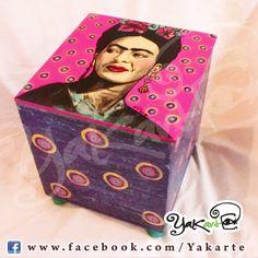 Frida Kahlo Caja Mágica Pintada a Mano www.facebok.com/Yakarte