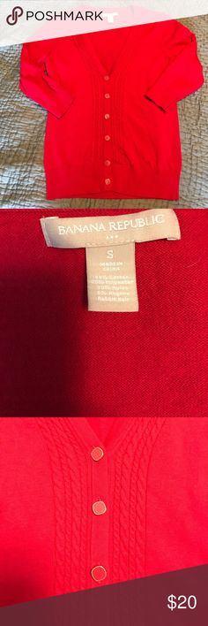 💖SALE 💖Banana Republic cardigan Stunning red quarter sleeve cardigan that is extremely versatile! Very comfortable. Don't forget to bundle and save! Sweaters Cardigans